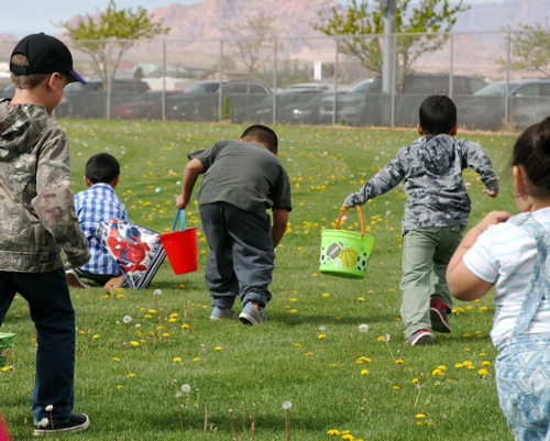 04-08-17 Page Early Childhood:Easter Fair-015